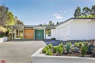 Reimagined Midcentury Takes a Star Turn in the Hollywood Hills