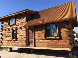 Small Cabin for Sale: This Tiny Log Cabin Just Needs a Little Land to Sit On