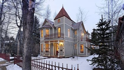 Hey, Stargazers! This $17M Mansion in Aspen Comes With Its Own Observatory