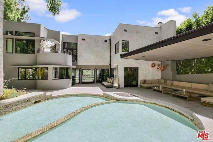Backyard pool and loggia