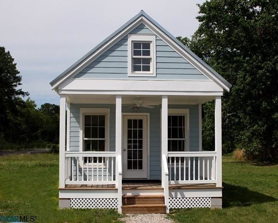 Wondrous Tiny House Virginia Is For Downsizing Realtor Com Home Interior And Landscaping Ologienasavecom