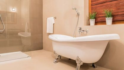 7 Bathroom Design Trends Home Buyers Want to Flush Away