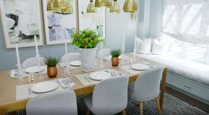 This dining room is a stunning improvement.