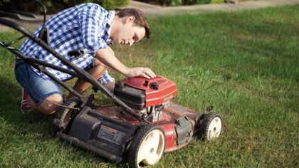 How to Clean a Lawn Mower: An Essential Step to Getting Your Backyard Spring-Ready