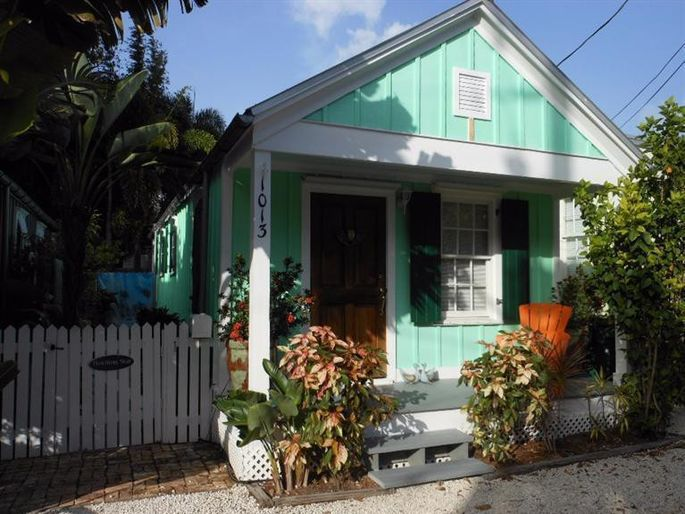 Want To Go Wild On Exterior Paint Colors Read This First Realtor Com
