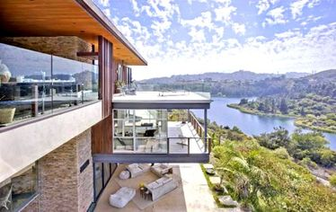 Baby Ooh: Justin Bieber Buys Swank L.A. Lovenest for $10.8 Mil? (PHOTOS)