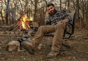 Jay Gruen of 'Unplugged Nation' Gets Real About Living Off the Grid