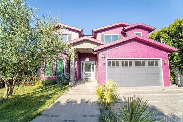 Sherman Oaks, CA pink house exterior