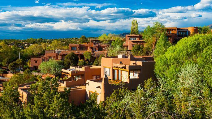 Hillside homes in Santa Fe