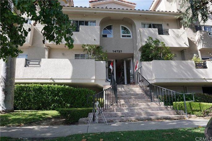 14727 Magnolia Blvd., Sherman Oaks, CA