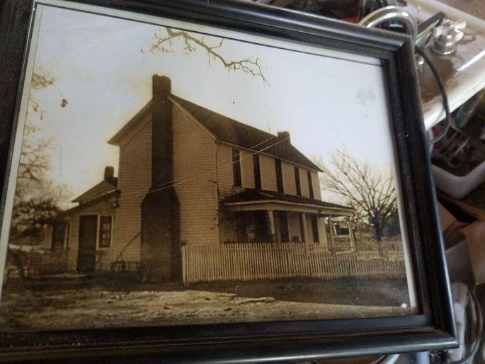 Photo of the 1886 McPherson Farmhouse