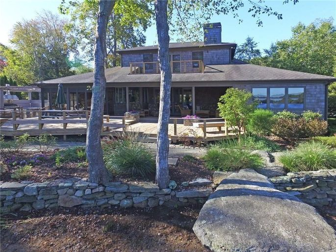 James Woods' home for sale in Exeter, RI