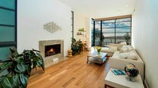 Live Like a French Filmmaker—Rent This Venice Beachfront Condo
