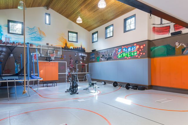 Sport court and gym in NY home of Equinox co-founder
