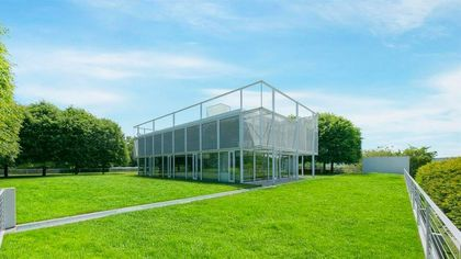 Living in a Glass House: Must-See Hudson Valley Modernist Retreat
