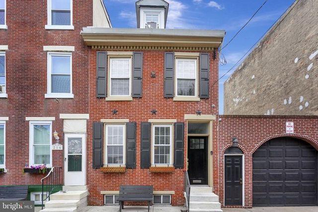 Philadelphia, PA brick townhouse exterior