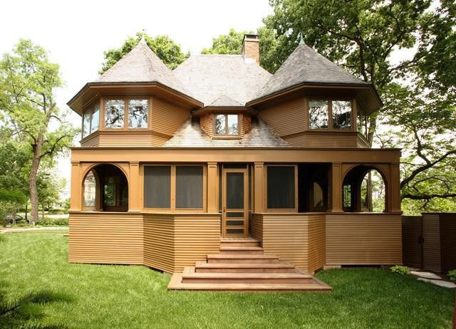 frank lloyd wright 39 s 122 year old robert emmond house for sale. Black Bedroom Furniture Sets. Home Design Ideas