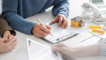 Expired Listing vs. Withdrawn Listing: What's the Difference?