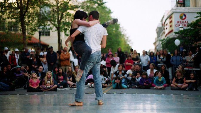 Public displays of rhythm and soul during the Santa Cruz Dance Week.