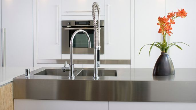 Stainless steel countertops advantages cost care and for Stainless steel countertops cost per sq ft