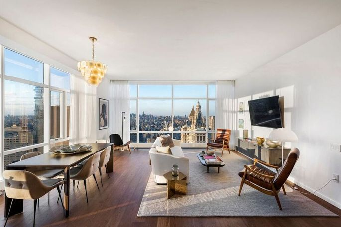 One of the units in 5 Beekman Place that Fredrik Eklund was supposed to sell