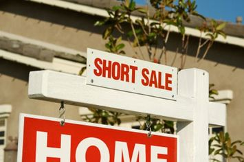 How Can I Buy A Home In Pre-Foreclosure Through A Short Sale?