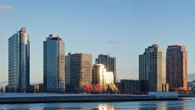 Long-Island-City-Queens-skyline