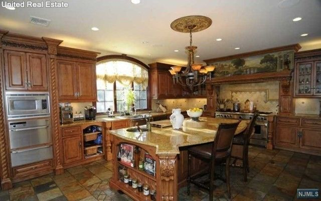 Real Housewives Star Jacqueline Laurita Lists Nj Home