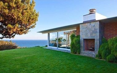Luxury Homes of the Golden Globes Stars (PHOTOS)