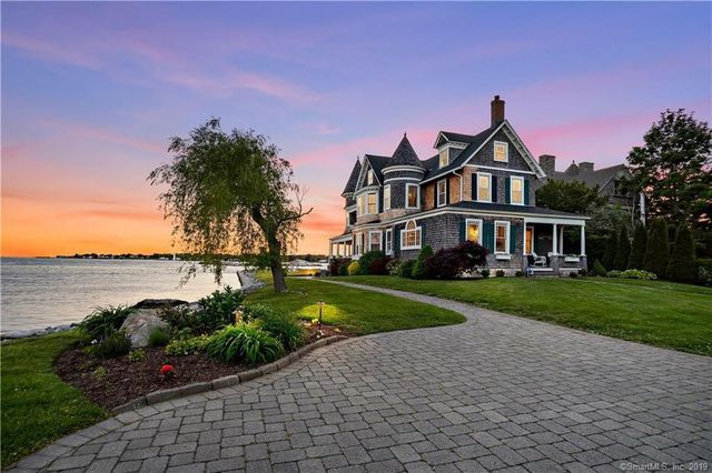 213 Shore house in Groton CT