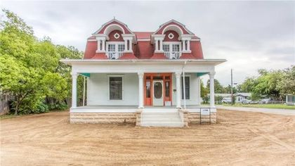After Moving 2 Blocks, Historic Fort Worth Home Needs Buyer to Move In
