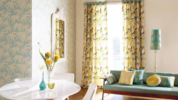 Light, tall curtains, and mirror