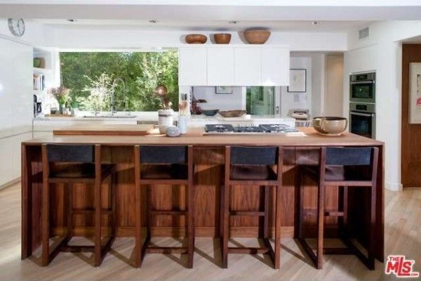 A mix of materials provides warmth in the kitchen.