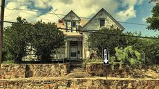 Boogeyman or Bargain? Haunted Hill House Dares Buyers to Enter