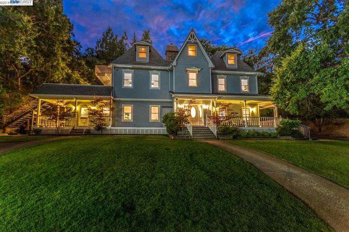 Jason Newsted's rockin' home