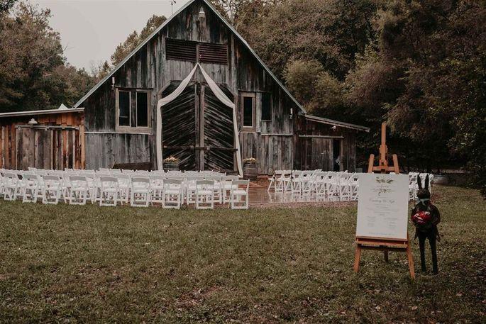 Barn for weddings
