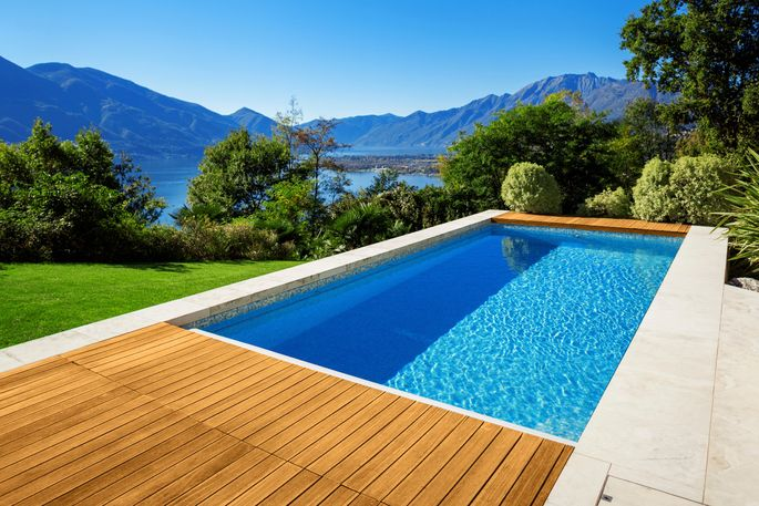 5 Reasons to Build Your Swimming Pool Right Now | realtor.com®