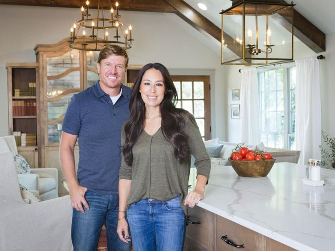 Chip And Joanna Land In A Hot Mess On 'Fixer Upper