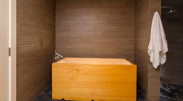brian-setzer-apartment-10