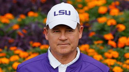 Les Miles Bids Farewell to His Baton Rouge Home, Buys a Smaller House