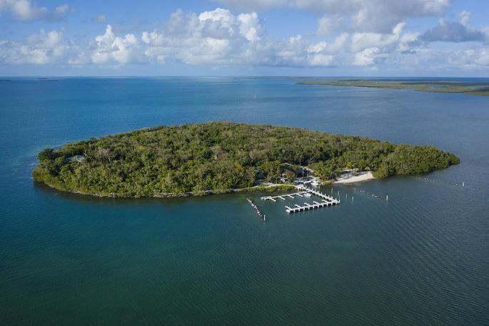 10 Cannon Pt, Key Largo, FL