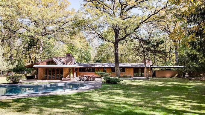 Frank Lloyd Wright Carr Home