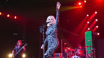 1790s Style! Blondie's Debbie Harry Buys a Vintage Connecticut Home
