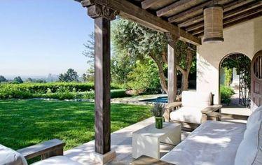 You've Got Real Estate: Meg Ryan Re-Lists Bel Air Home (PHOTOS)
