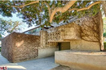 Lloyd Wright Studio and Residence in West Hollywood