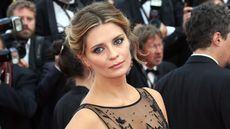 Actress Mischa Barton Finally Sells L.A. Home