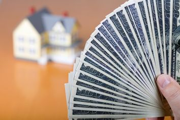 7 Ways to Get Top Dollar for Your Home During the Off-Season