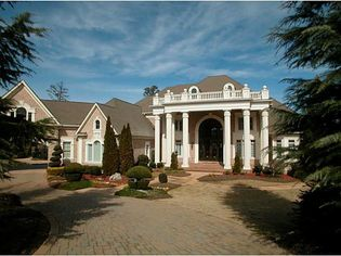 Netherlands DH Andruw Jones Looks to Pitch Duluth Mansion, Asks $5M