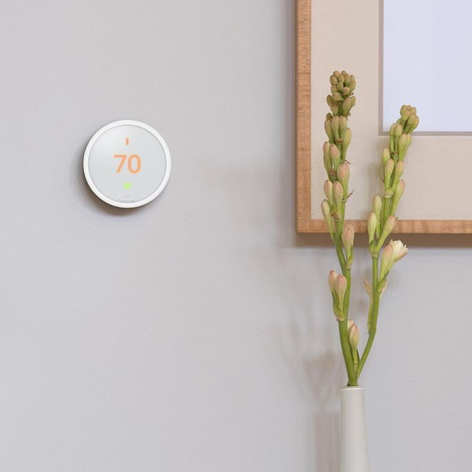 This gadget learns your favorite settings and automatically adjusts itself.