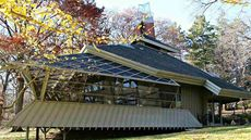 All Awesome Angles: We Found a Usonian-Inspired Delight in Illinois